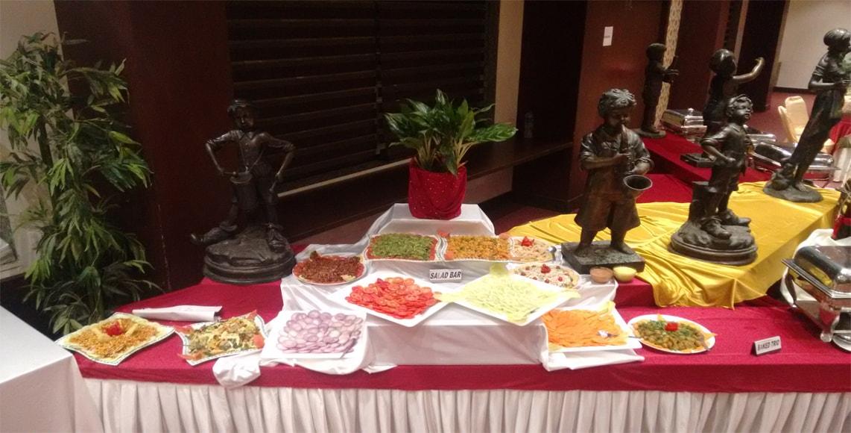 Aum regency hotel and restaurants in vadodara gujarat for Aum indian cuisine